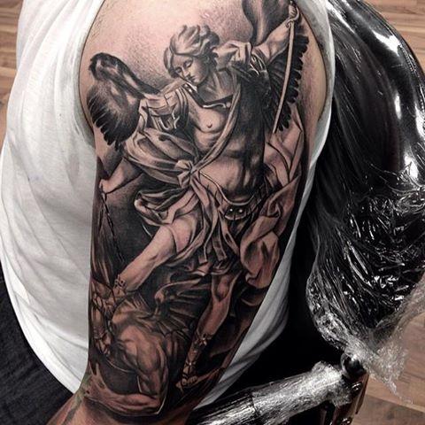 Tattoo motive engel Engel Tattoo