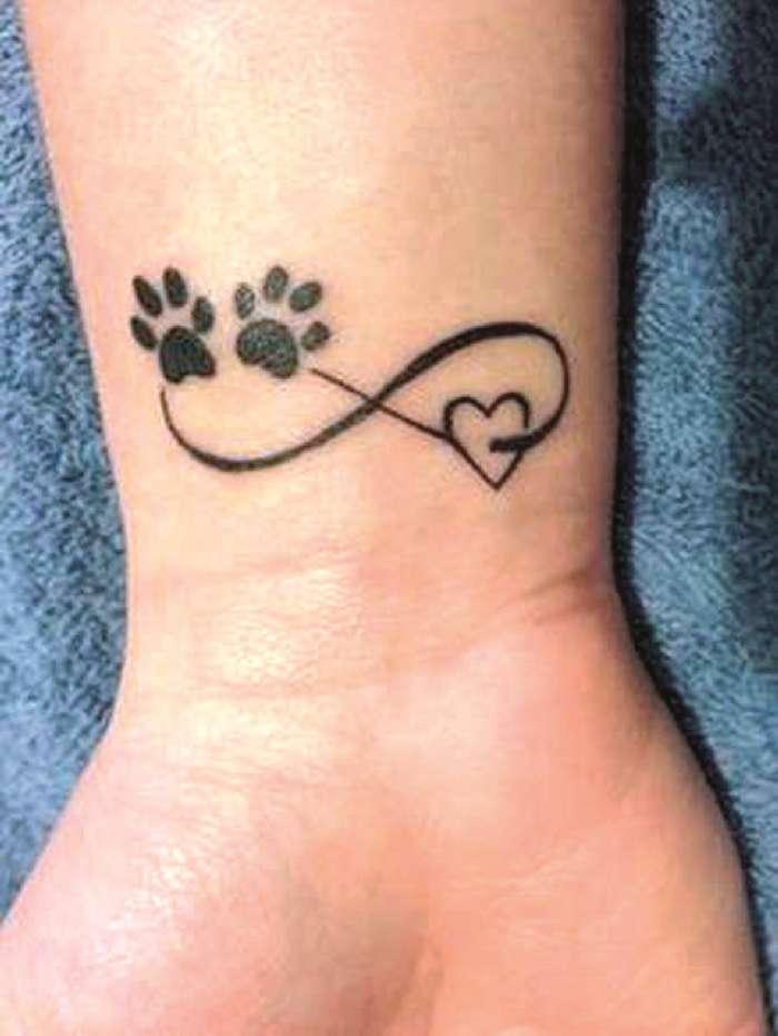 Endlosschleifen Unendlichzeichen Tattoo Spirit