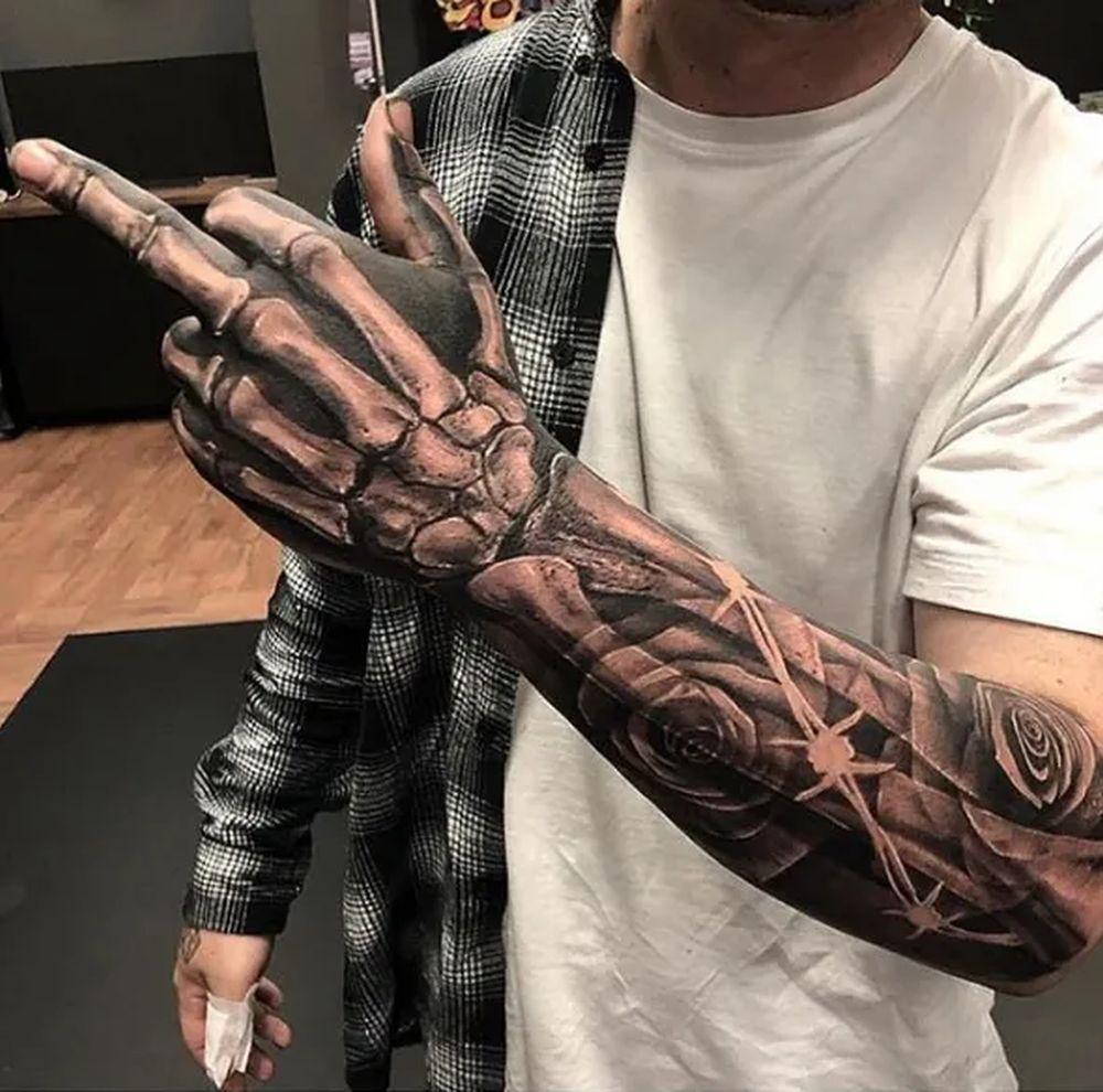 Männer tattoos für junge Kleine Tattoos
